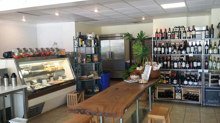 Gitta's Table And Wine Shop - Restaurants - Avon Lake, OH - Thumb 4